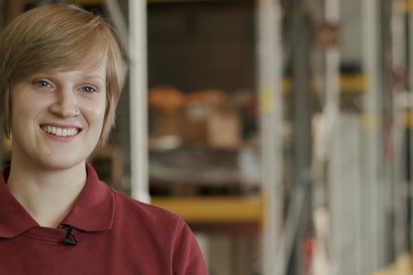 Interview mit Antonia Heinrich, Auszubildende zur Fachkraft für Lagerlogistik