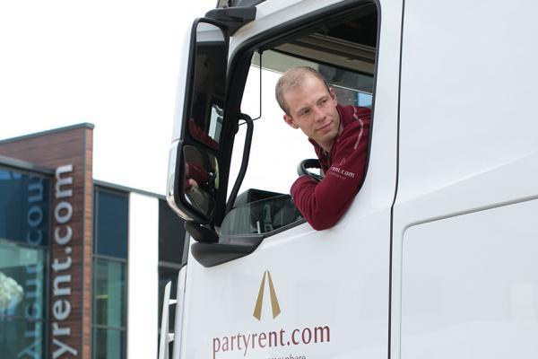 Party Rent sucht Kraftfahrer CE im Nahverkehr (m/w)